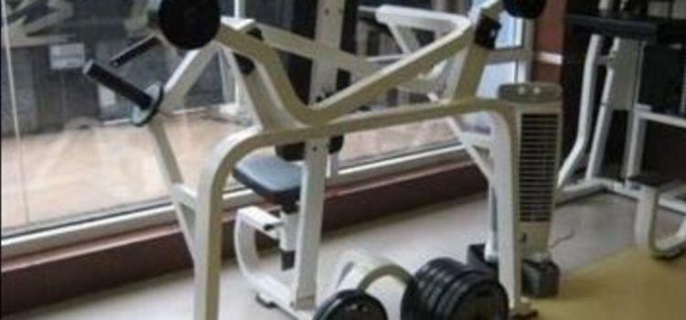 Fizzique Fitness & Health Spa-Lower Parel-3545_p6ivof.jpg