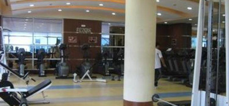 Fizzique Fitness & Health Spa-Lower Parel-3546_kmdheq.jpg
