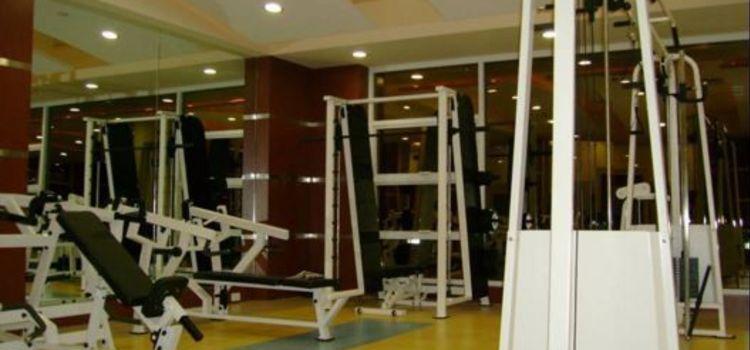 Fizzique Fitness & Health Spa-Lower Parel-3552_pcio23.jpg