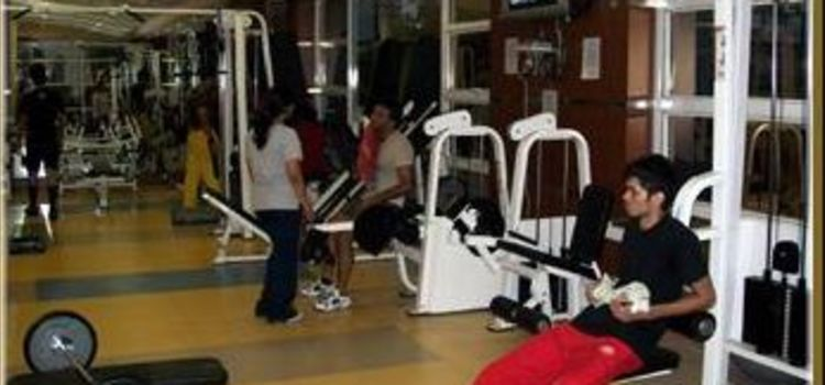 Fizzique Fitness & Health Spa-Lower Parel-3553_azmrjb.jpg