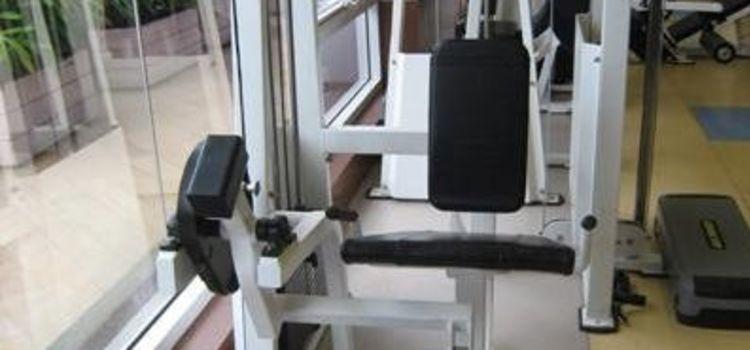Fizzique Fitness & Health Spa-Lower Parel-3556_afpxbb.jpg