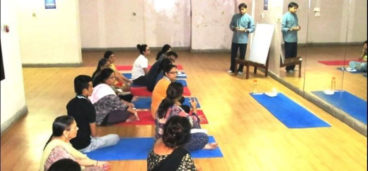 Yogic Lifestyle-Shalimar Bagh-3707_zeooys.jpg