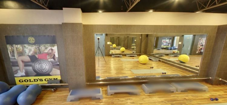 Gold's Gym-New Raj Nagar-3817_swdpiy.jpg