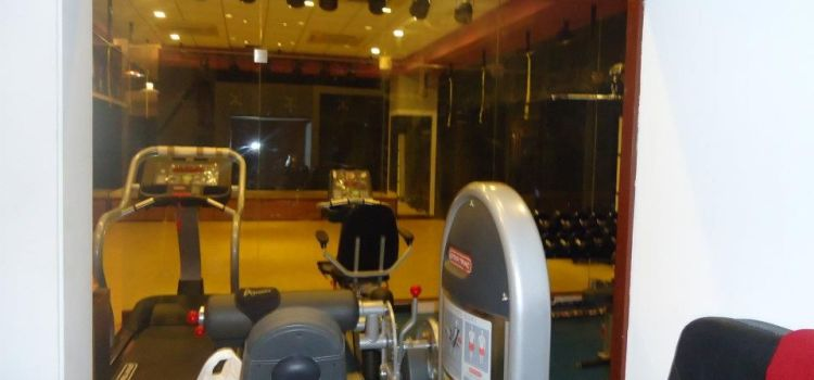 F2 Fitness -Khar West-4384_jlmprf.jpg