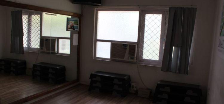 Dinazs Fitness Studio-Himayat Nagar-5584_qpqc9d.jpg