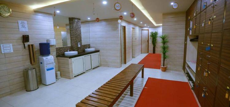 Ozi Gym & Spa -S A S Nagar-5650_elyoeq.jpg