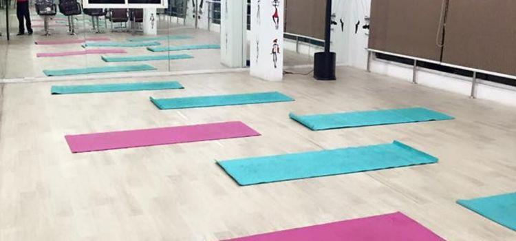 Redefine Fitness-Kondapur-5827_ddkq1g.jpg
