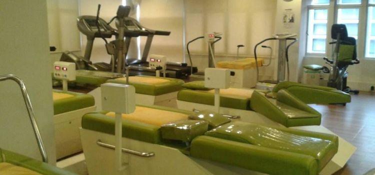 Ezeeslim Thaltej Fitness Studio-Thaltej Road-6401_tcsfqo.jpg