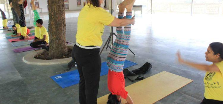 Aum Yoga Vedanta Centre-Mahadev Nagar-6699_arqt5x.jpg
