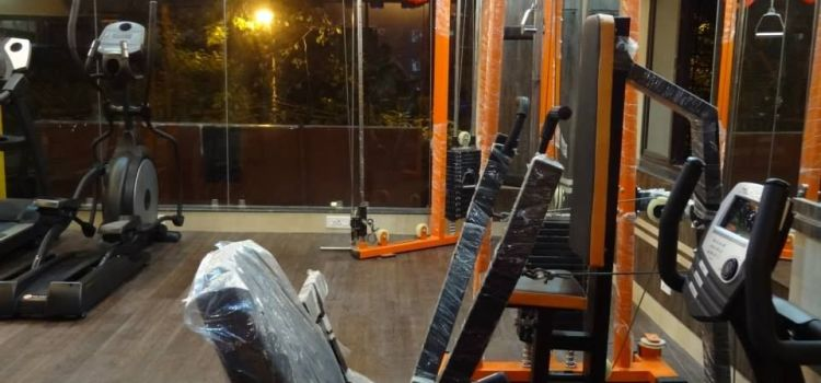 Fitness Code-The Sweat Lounge-Jodhpur Park-6966_vbzlrd.jpg