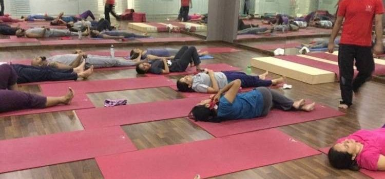 Real Yoga-Park Street Area-7147_h6hlbx.jpg