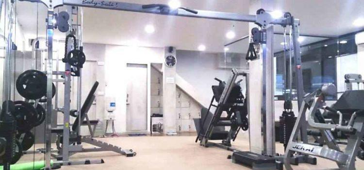 The Square Gym-Nerul-7533_etvzao.jpg