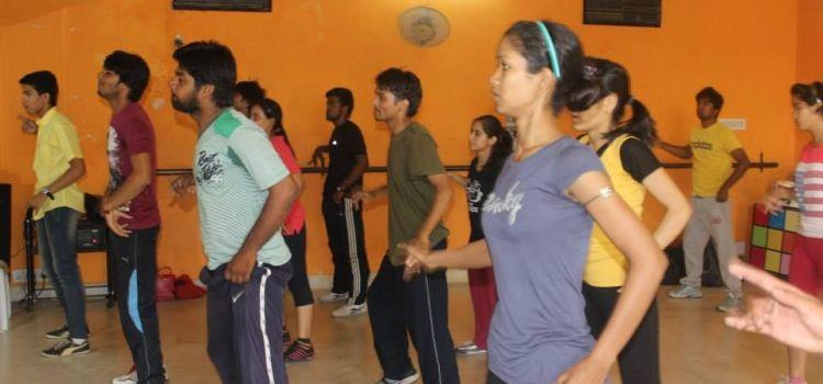Buskers The Dance Institute-Ambabari-7616_lddlqz.jpg