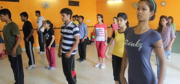 Buskers The Dance Institute-Ambabari-7619_fnaqf6.jpg