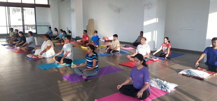 Sumeet's Yoga-Begur-7920_zrg7i2.jpg