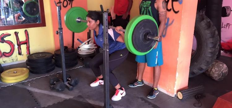 Bull Neck Fitness-Thane-7954_sturwy.jpg