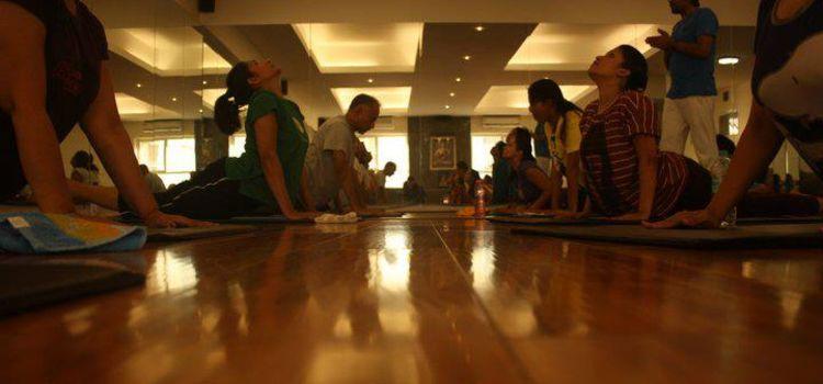 Bharat Thakur's Artistic Yoga-Panchsheel Park-8550_iicm91.jpg