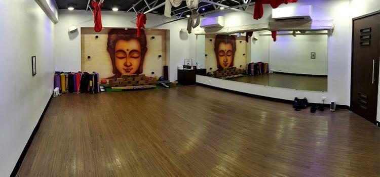 Sarva Yoga Studio-Vileparle-10725_kh9yti.jpg