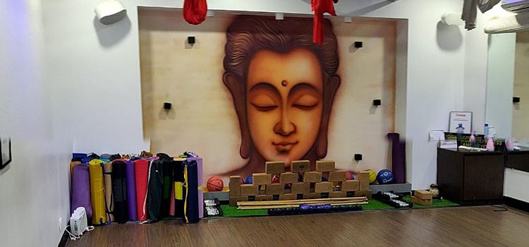 Sarva Yoga Studio-Vileparle-10727_w9eici.jpg