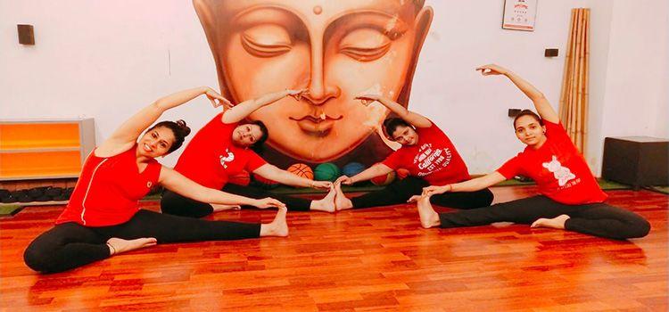 Sarva Yoga Studio-Mira Road-10813_nrr4ad.jpg