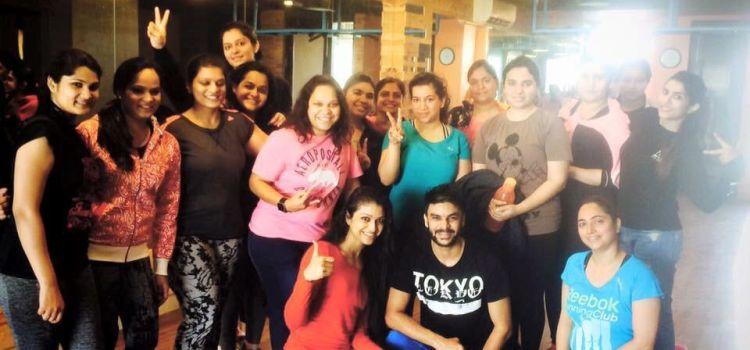 Exerholic Fitness Studio-Anand Vihar-11518_hvrf5i.jpg